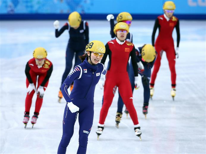 Korea beats China in women's 3,000 m short track relay