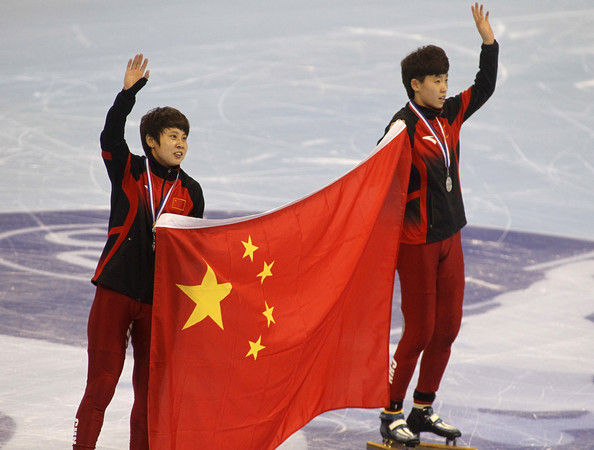 In the absence of the injured Wang Meng (L), China's hopes turn to Fan Kexin (R)