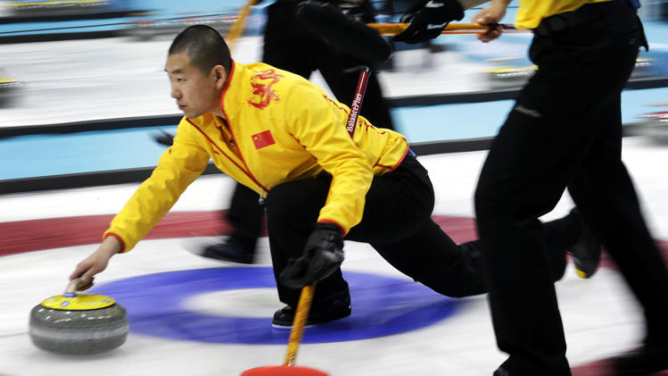 China's men's curling team move to 4-0