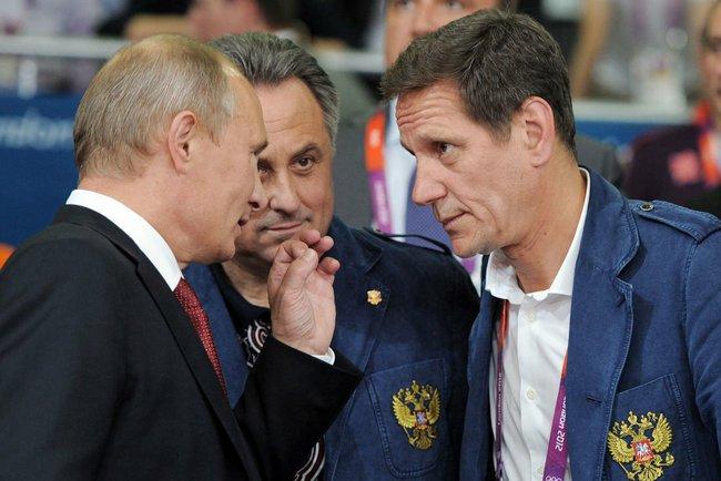 L to R: Vladimir Putin, Russian Sports Minister Vitaly Mutko and Alexander Zhukov