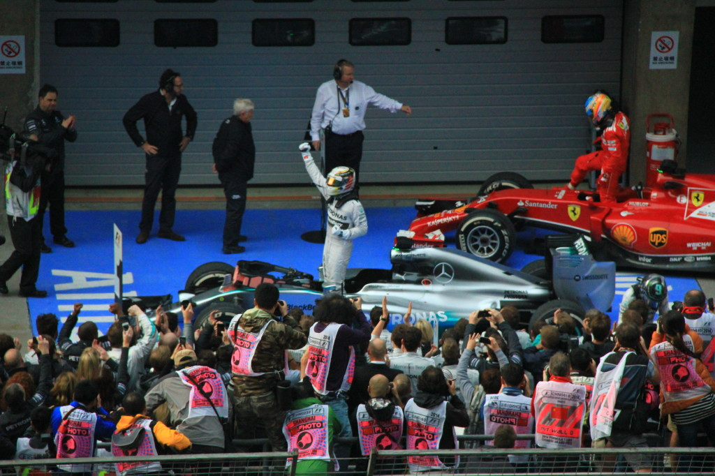 Lewis Hamilton won his third straight race
