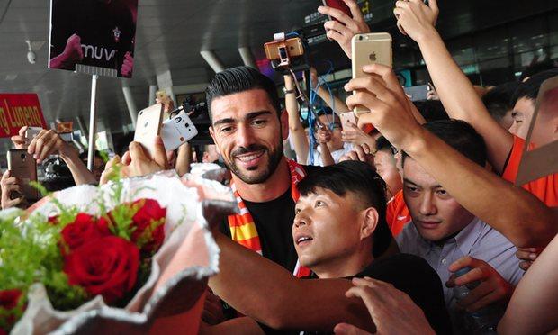 Graziano Pelle China Shandong Luneng